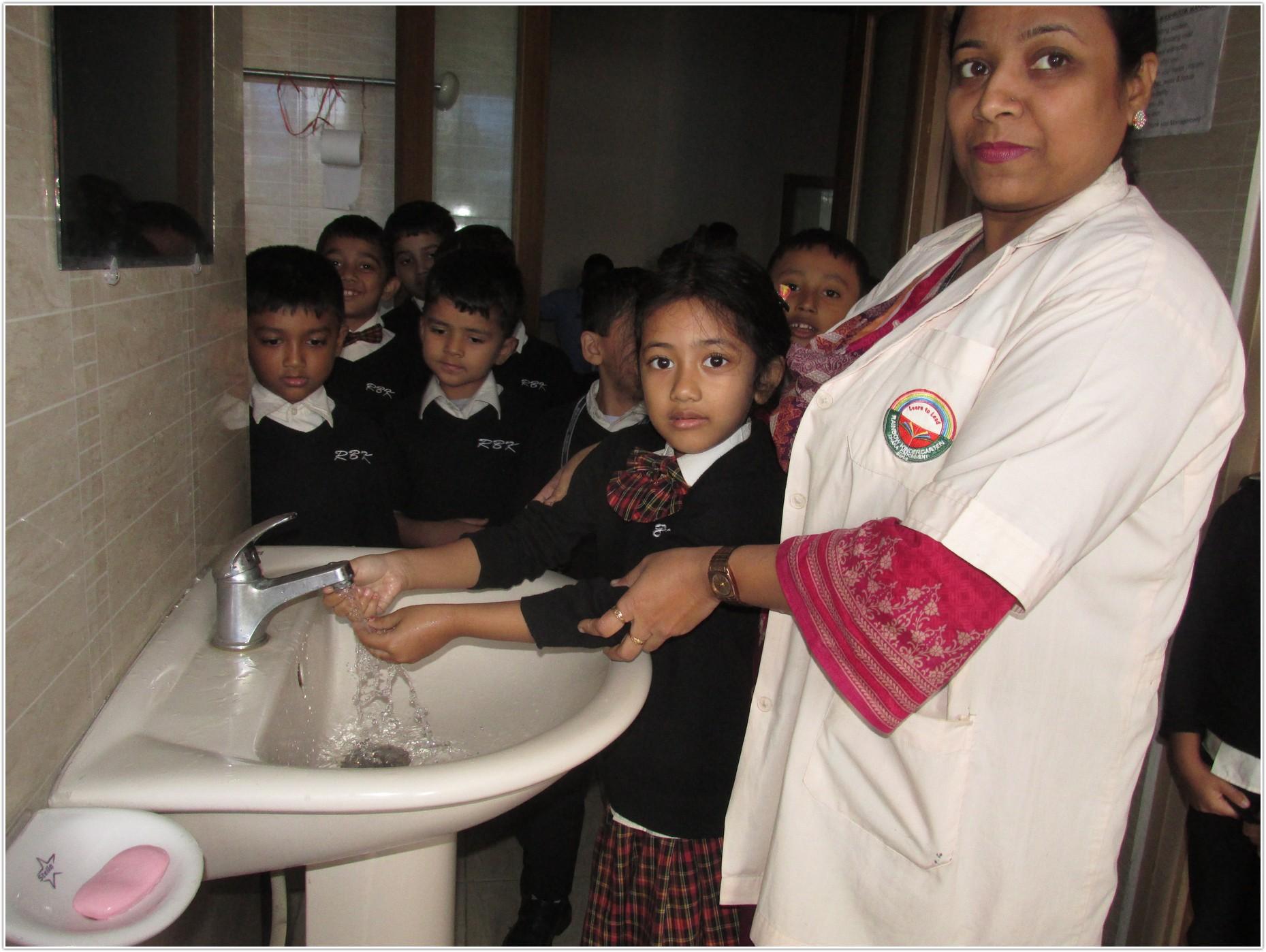 Washroom Manner (2)