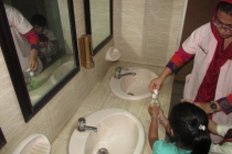 Washroom Manner (6)